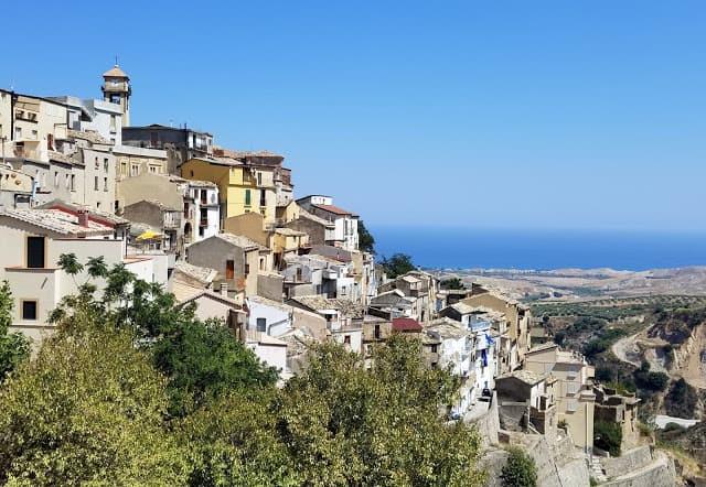 Calabria Italy & Blog Party