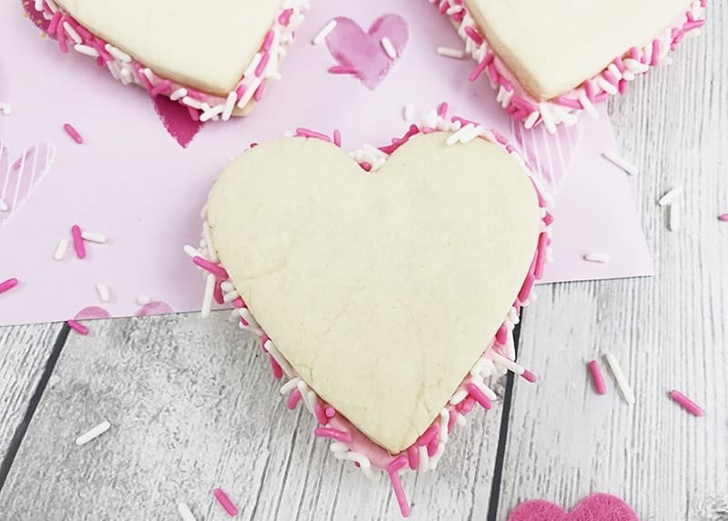 heart shaped sandwich cookies